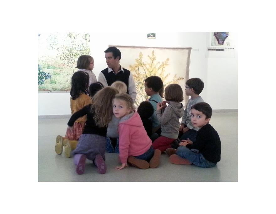 Les enfants de la Maison pour tous de l'Harteloire de Brest visite l'exposition