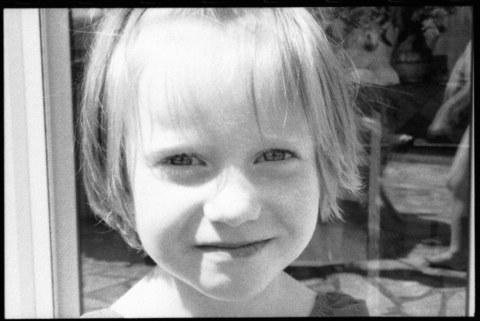 Alix à Kerzafloch en juillet 2000 [vue 1], Marie-Claire Raoul