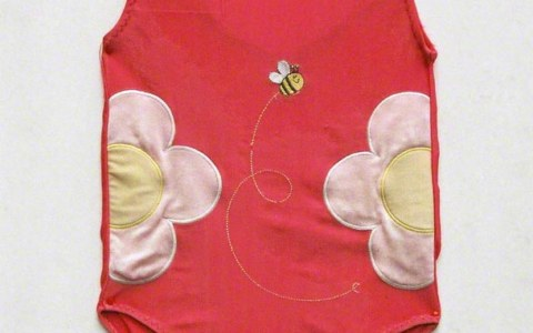 Photograph of the american bathing suit itself, Marie-Claire Raoul