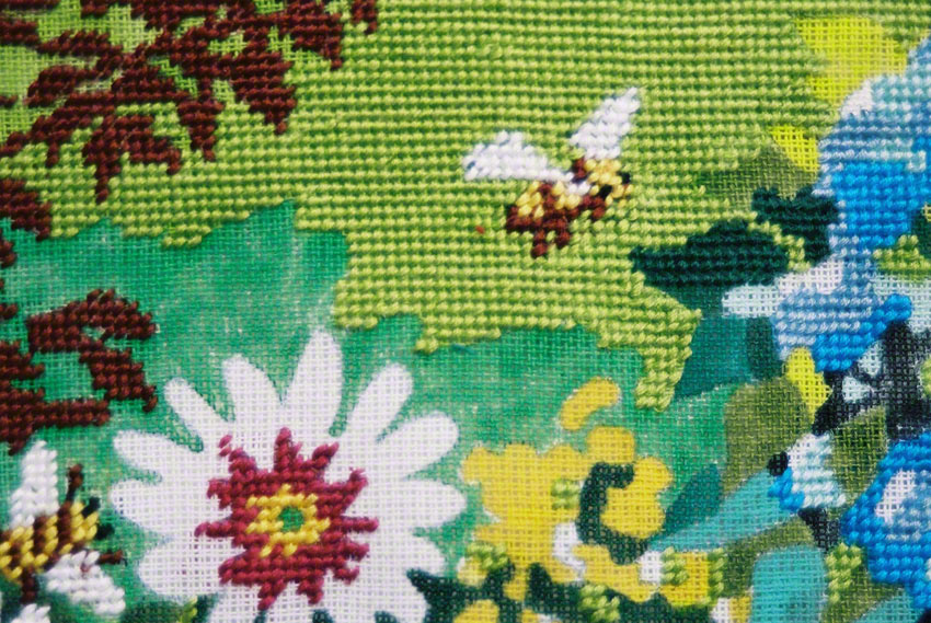 House of Kerzafloc'h, detail of the canvas showing a bee, Marie-Claire Raoul