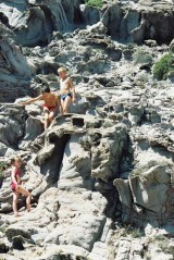 Alix, Jérémie et Sacha in the rocks of Capo Sandalo on San Pietro Island in Sardinia, view 5, July 2001
