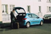 Franck et la Peugeot 206, rue Paul Fort à Brest, avril 2006, simulation du depart, vue 3
