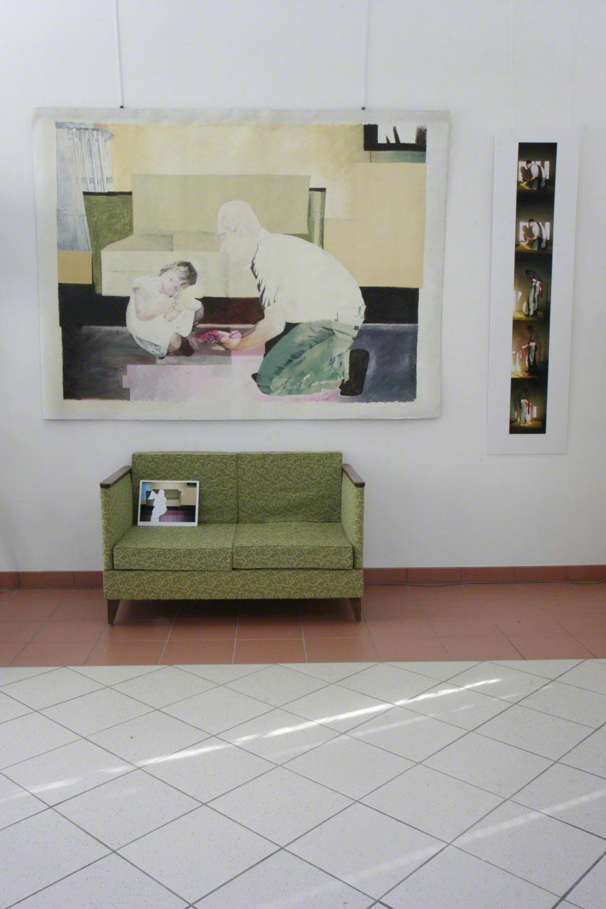 Vue de l'exposition [Le maillot de bain américain], Milizac, février 2011, Marie-Claire Raoul