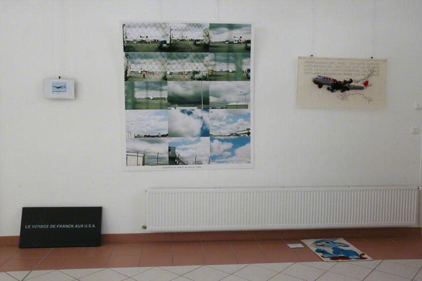 Le vol, vue de l'exposition [Le maillot de bain américain], Milizac, février 2011, Marie-Claire Raoul