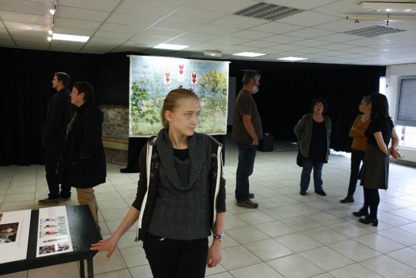 Vue de l'exposition [Le maillot de bain américain #2] , PLM Pilier Rouge, Brest, octobre 2012, Marie-Claire Raoul