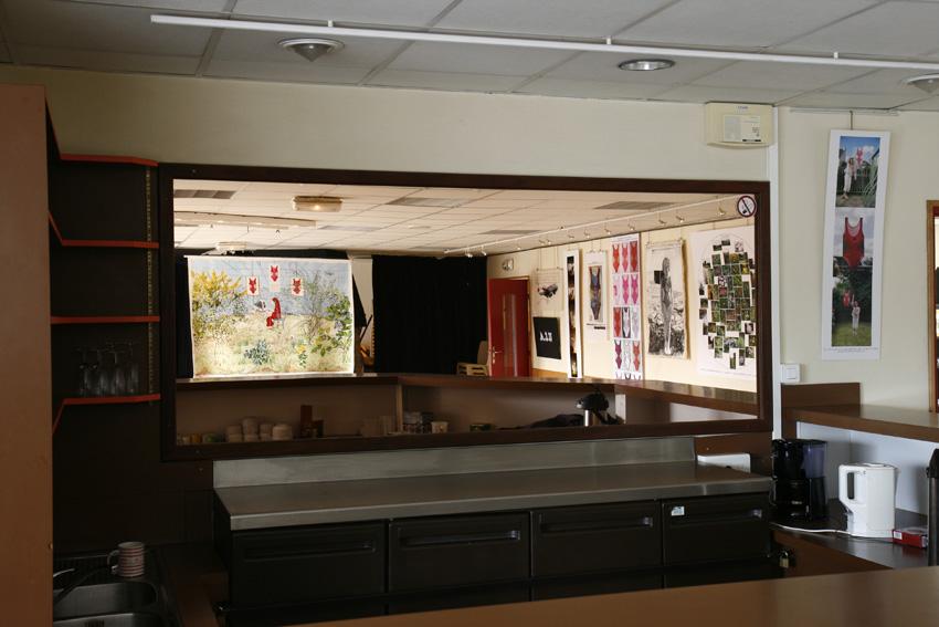 vue-exposition-maillot-de-bain-americain-pilier-rouge-2012-bar-w850-marie-claire-raoul, Marie-Claire Raoul
