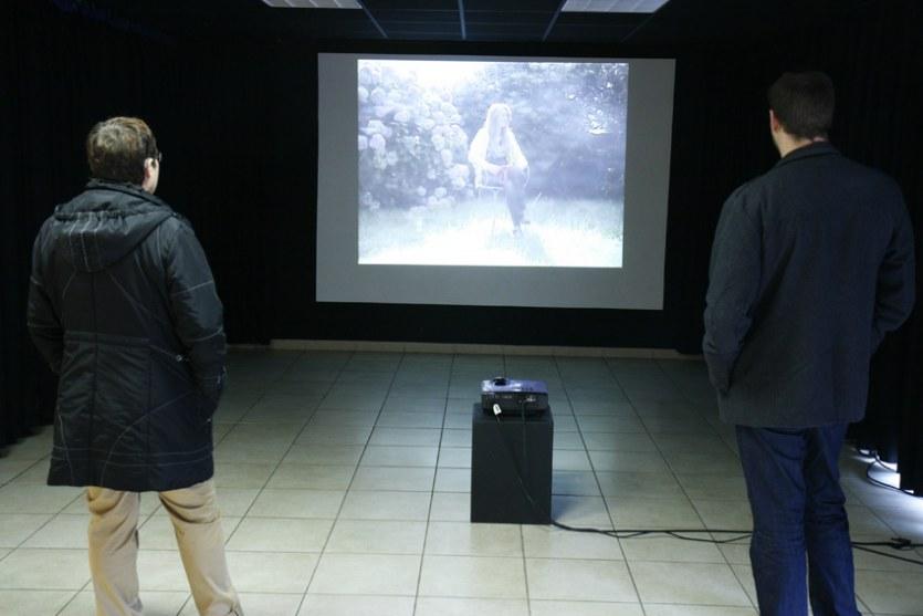 Projection vidéo , [Entretiens avec Alix], PLM Pilier Rouge, Brest, octobre 2012, Marie-Claire Raoul