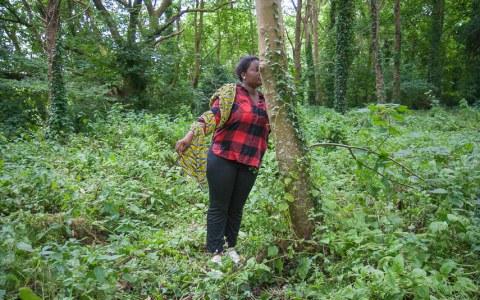 Déborah, bois de Keroual, 24 juin 2017, photographie de Marie-Claire Raoul, Marie-Claire Raoul
