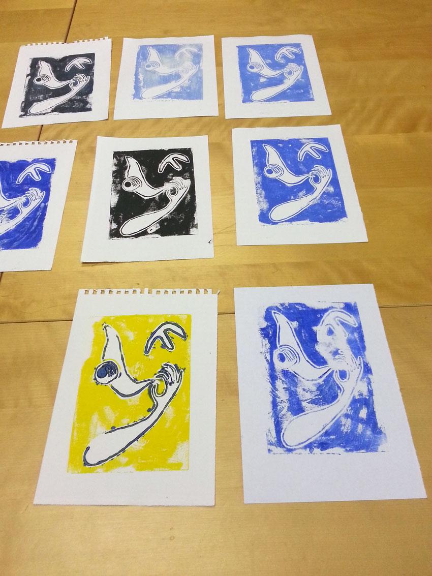 Atelier [Femmes créatrices, femmes libres], séquence 6, linogravure, création d'Anna Larvor, 5 avril 2019 à la Maison Pour Toutes Lcause avec Marie-Claire Raoul