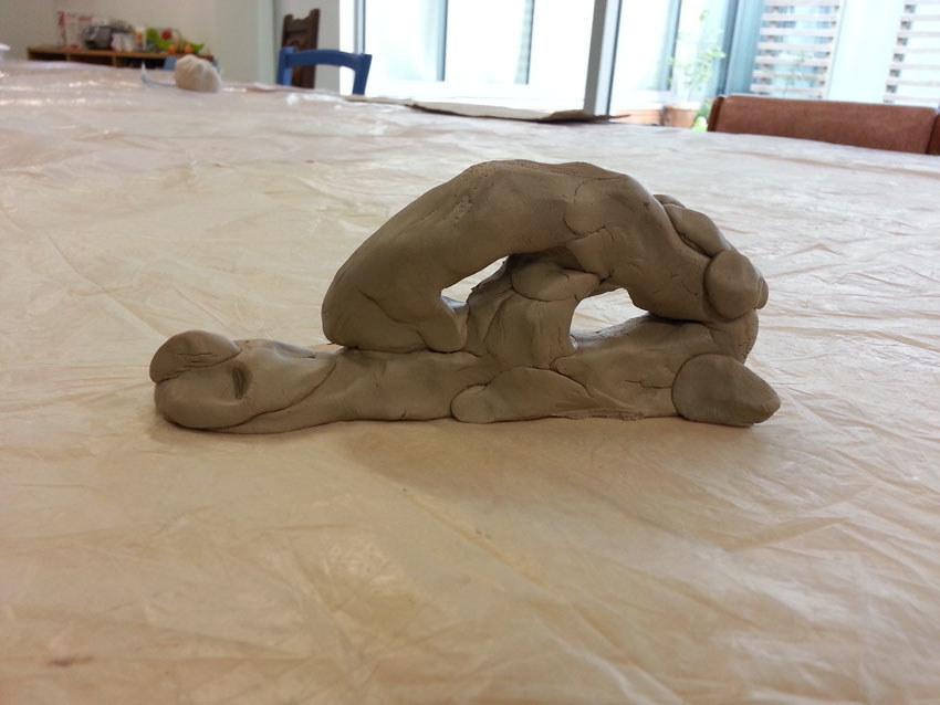 Atelier [Femmes créatrices, femmes libres], séquence 8, modelage,