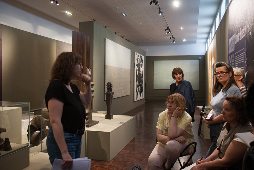 Visite de l'exposition [La vraie vie est ailleurs !] au musée des Beaux-Arts de Brest le 4 juillet 2019 dans le cadre de l'atelier [Femmes créatrices, femmmes libres] de Marie-Claire Raoul