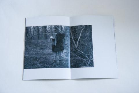 Livret [IMN], regroupant lesphotographies prises par Marie-Claire Raoul avec Jérémie au bois de Keroual à Guilers le 27 février 2017